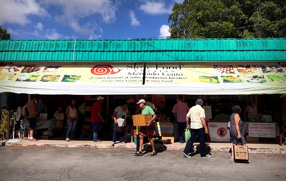 Slow Food Yucatán—the local branch of an international movement which promotes local food, preservation of regional culinary traditions and healthy eating.
