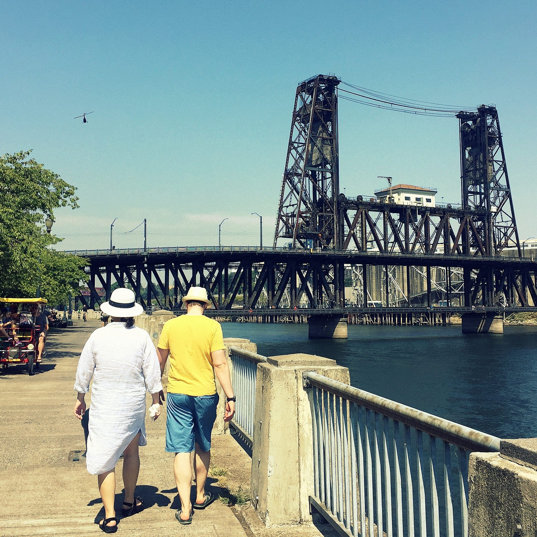 Walk or cycle down the esplanade along Willamette River to appreciate the impressive bridges.